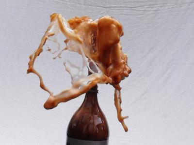 Mentos and coke reaction